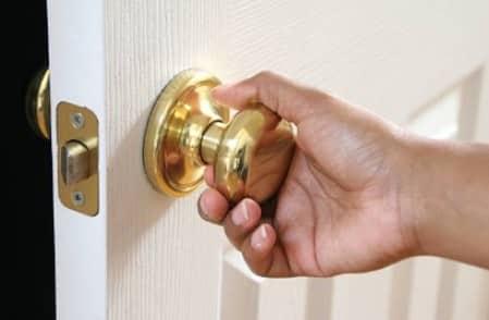 Guide To Fix A Loose Door Or Handle