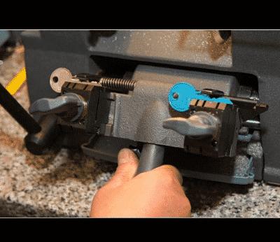 lock repair _ Lockmith On Wheels San Francisco 2
