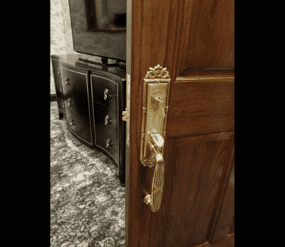 lock repair and install _ Lockmith On Wheels San Francisco 2